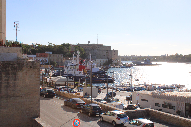 """Forum e Italia Nostra: """"Navi della Marina a Capobianco e sviluppo turistico dell'area del castello"""""""
