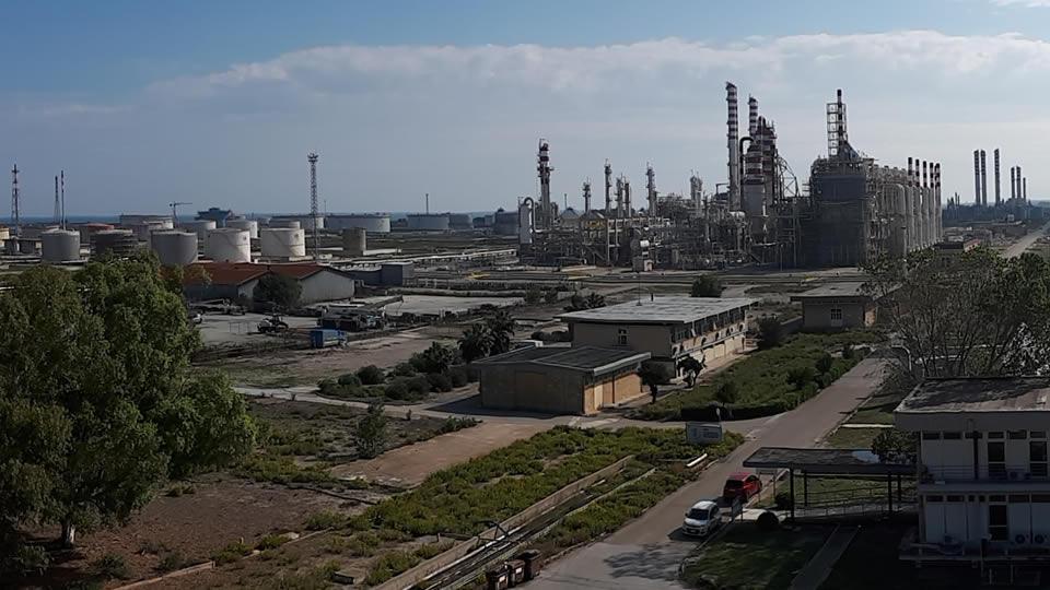 La città dei veleni: da quelli industriali a quelli della sinistra antidemocratica che insulta e minaccia