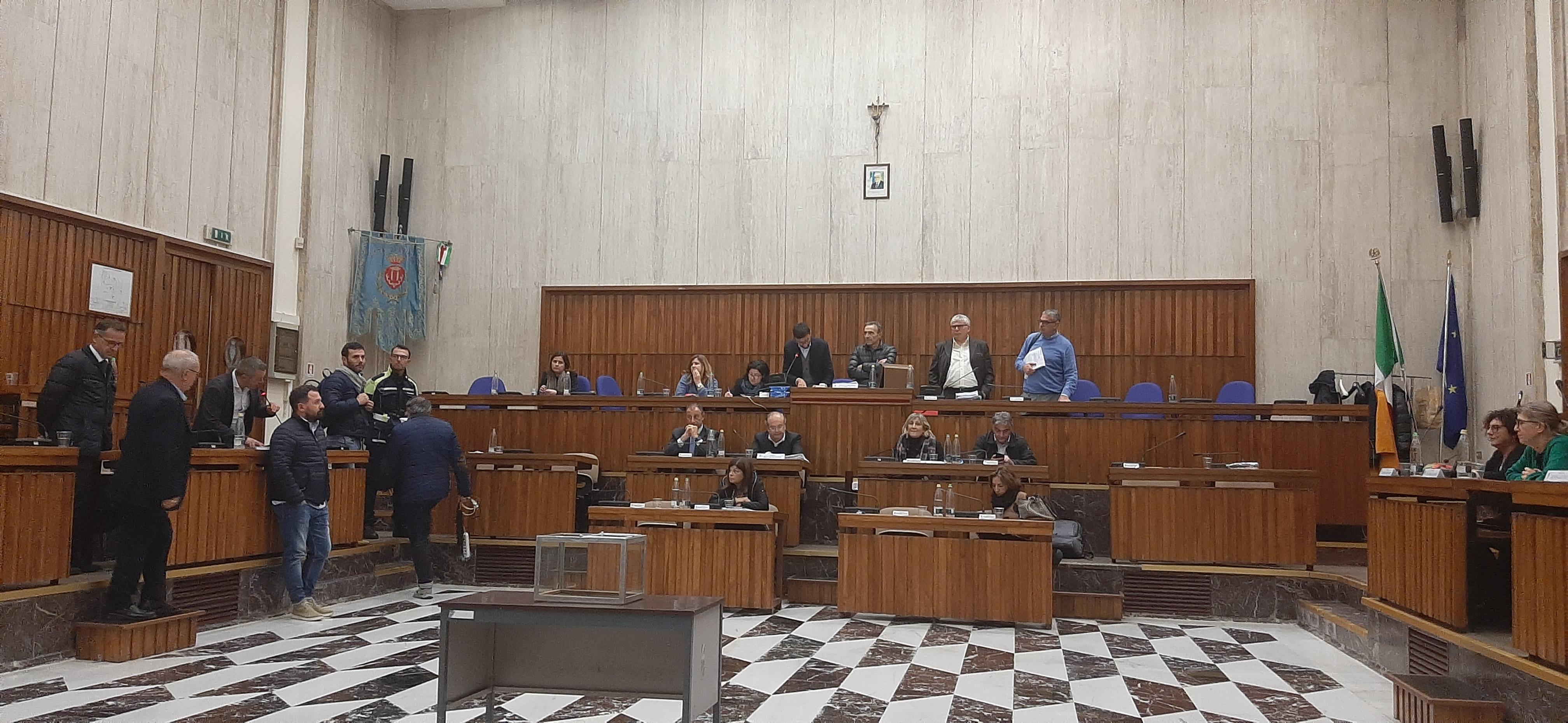 Approvata la delibera sulla New Arena con 21 favorevoli e 1 contrario, ma Oggiano depositerà le sue osservazioni alla Corte dei Conti