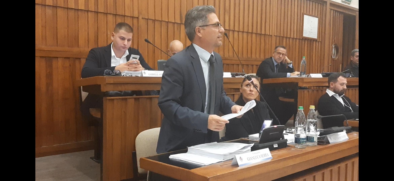 """Gettoni di presenza, il M5S denuncia: """"Nessuna traccia del taglio di 150.000 euro annunciato dal Sindaco"""""""