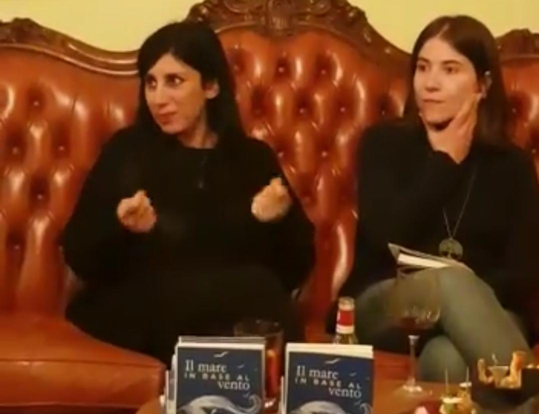 Valentina Perrone ha presentato il suo nuovo romanzo al Barrique di Brindisi