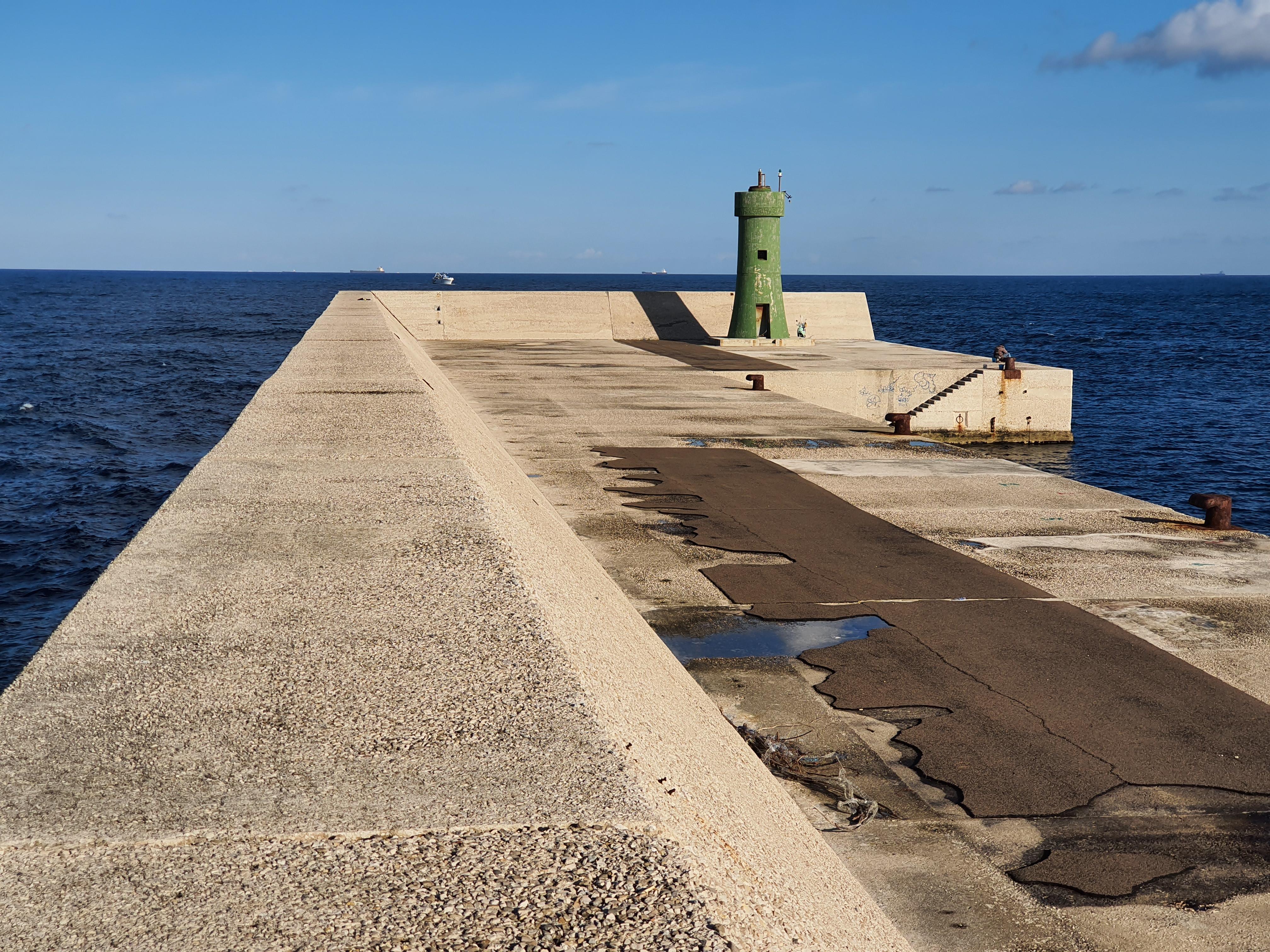 Energia elettrica proveniente dal moto ondoso: protocollo d'intesa per avviare progetto pilota presso la diga di Punta Riso