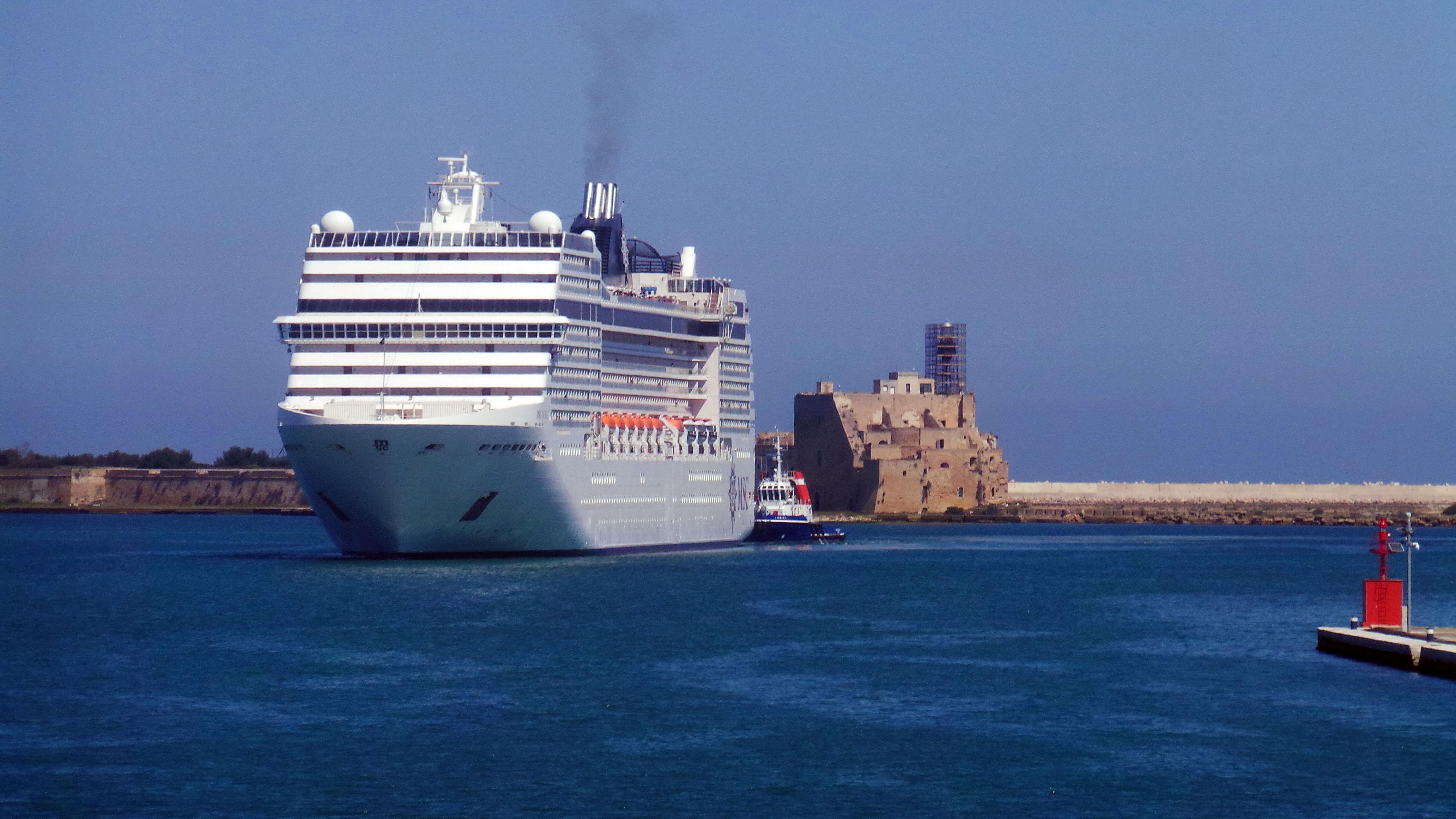 Brindisi può dire addio alle navi da crociera: solo il M5S aveva capito il pericolo