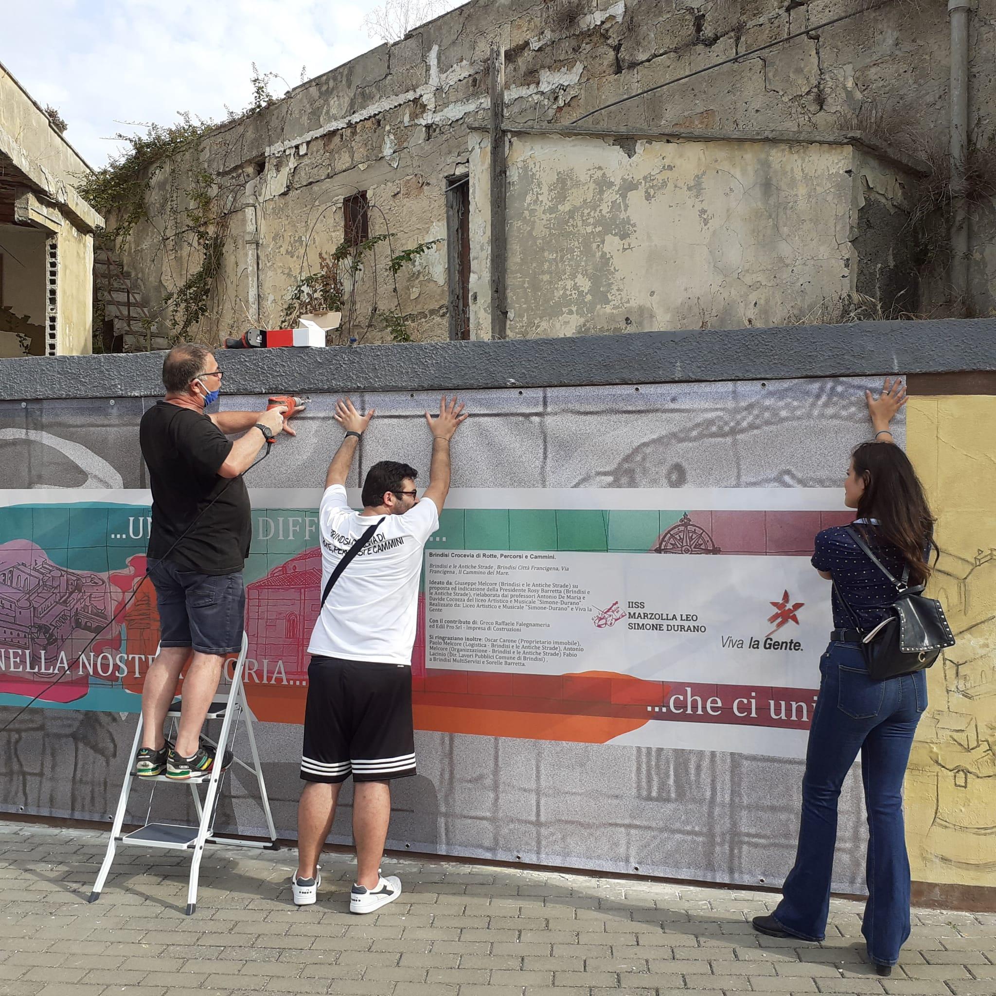 Brindisi e le Antiche Strade: un banner per illustrare il murales