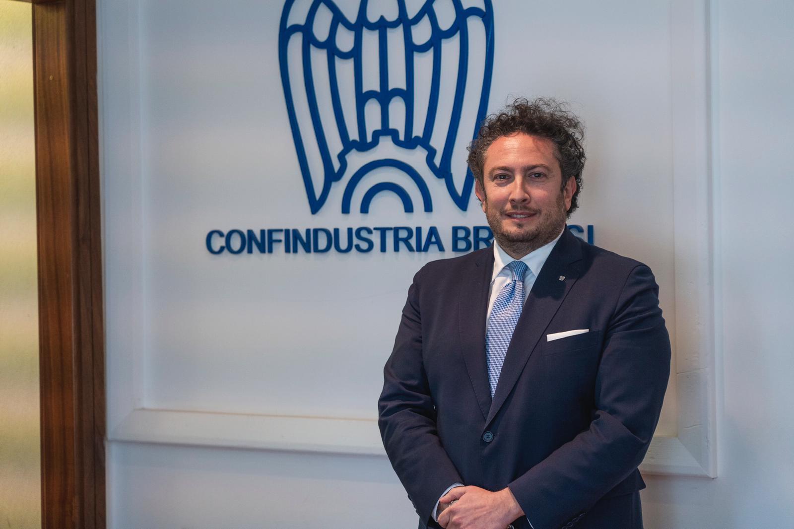"""A Lippolis anche la delega regionale all'energia. Turbogas, Gnl e hydrogen valley gli asset. Bonomi: """"Porto di Brindisi strategico"""""""