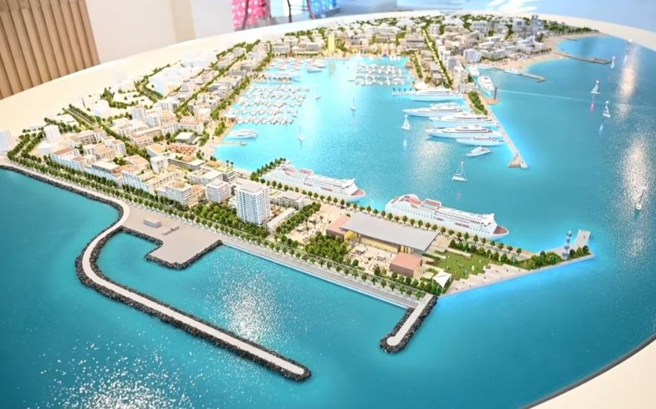 Sul porto si dividono le acque: non c'è un modello giusto e uno sbagliato, c'è però un diritto alla chiarezza